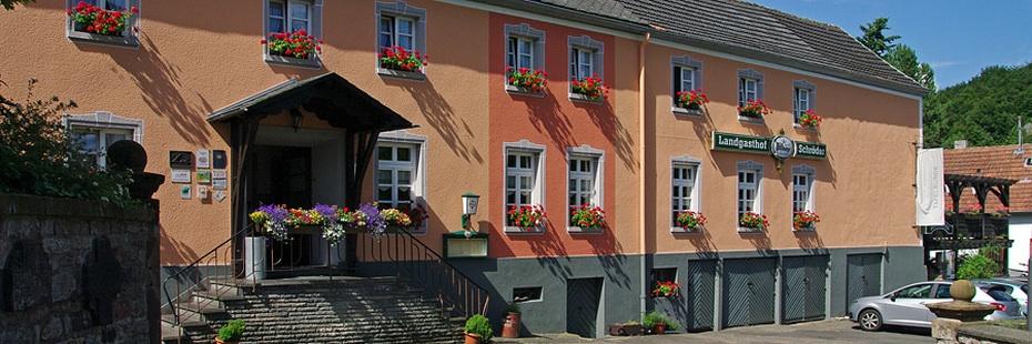 Außenaufnahme Landgasthof Schröder in Niederehe